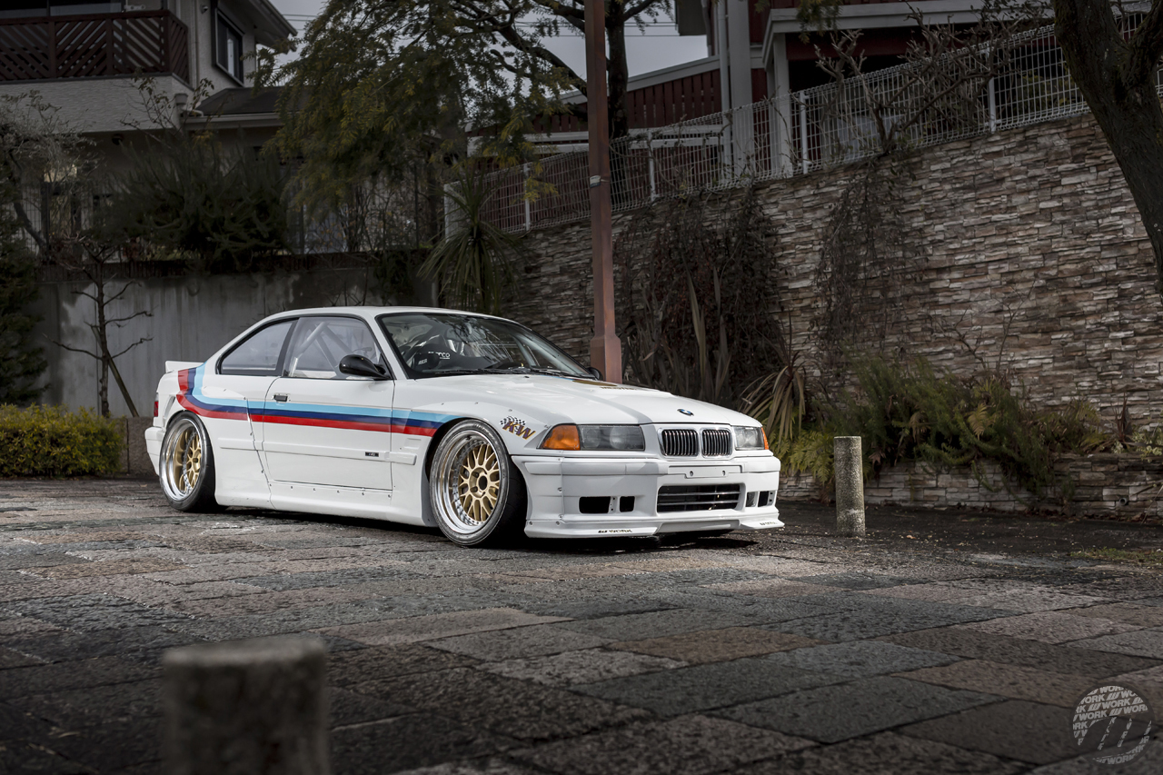 STABLE CARS BMW M3 (E36) on WORK Meister M1 3P in Gold (GLD) Finish – Photo by WORK Japan